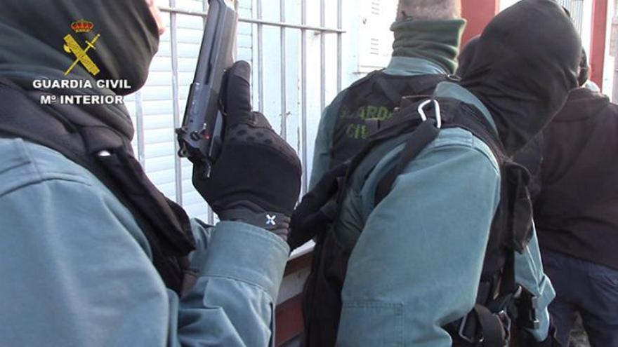 Desmantelan una organización al tráfico de menores extranjeros no acompañados y de droga