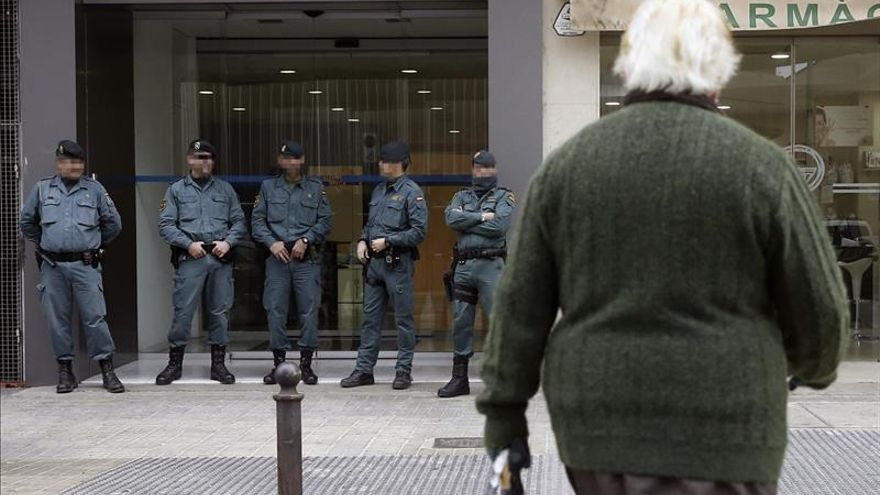 La Guardia Civil registra las dependencias del PP en el Ayto. de Valencia