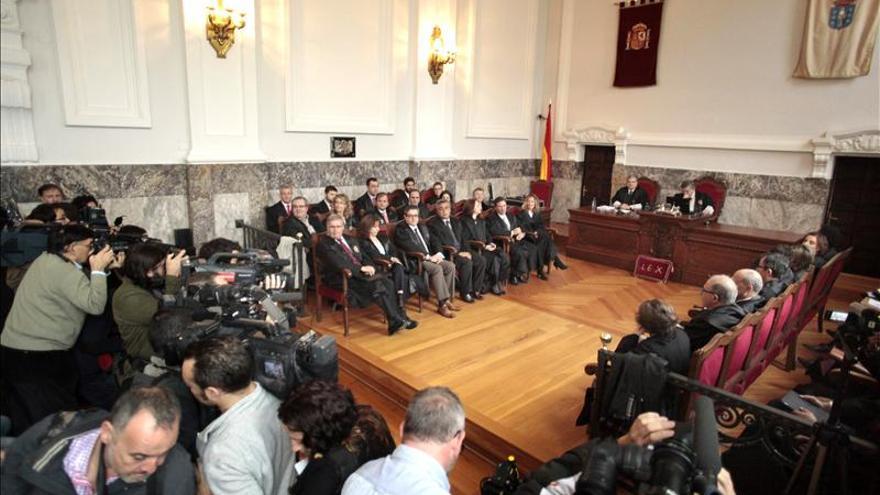 El Gobierno respeta la sentencia del Prestige que indigna a los ecologistas y a la oposición