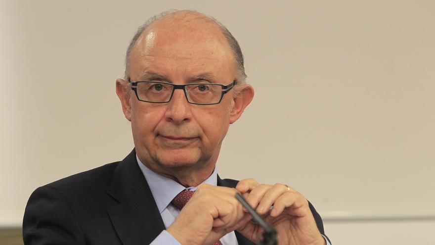 Montoro niega retraso en la investigación de Hacienda sobre parques eólicos en CyL pero el PSOE le pide explicaciones