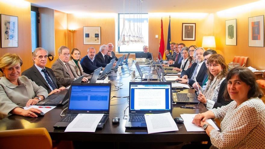 La JEC pide abrir expediente sancionador por la exhibición de lazos amarillos en Acción Exterior de la Generalitat