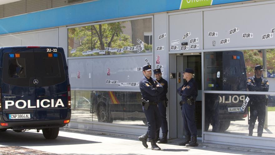 La generalitat propone cerrar en catalu a las oficinas del for Oficinas del inem