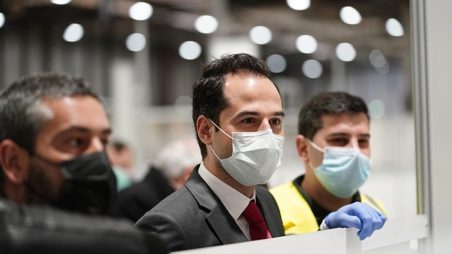 Aguado celebra las 12.400 altas hospitalarias y asegura que el ritmo de contagios se estabiliza