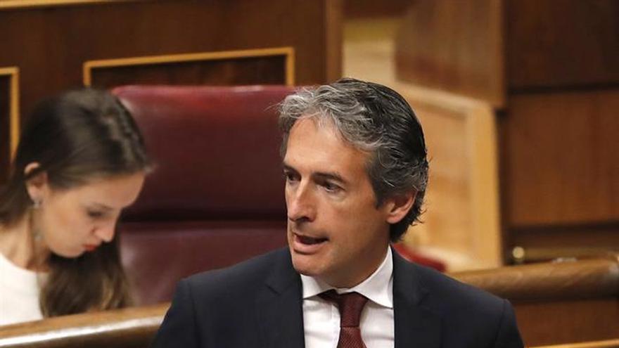 De la Serna afirma que Cataluña es la primera comunidad en volumen de inversión de los Presupuestos