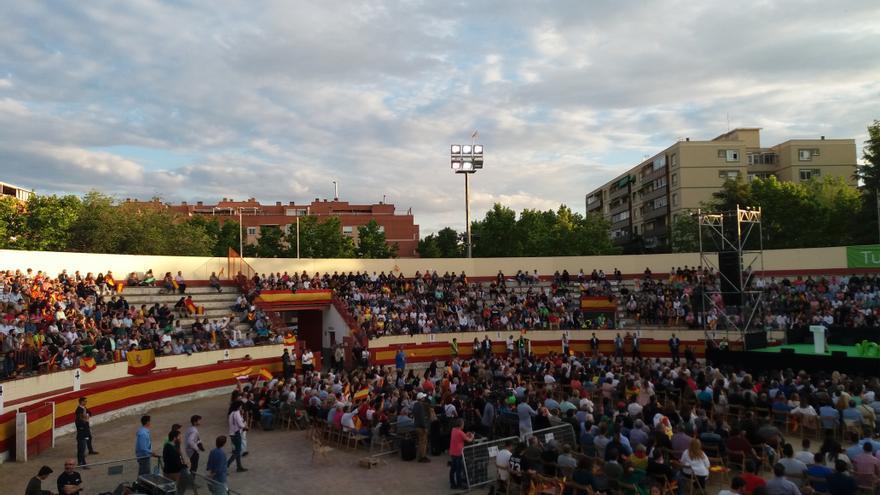 La plaza de toros de Valdemoro durante la intervención de Jorge Buxadé