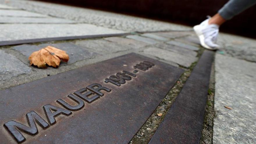 Berlín conmemora los 28 años de la caída del muro