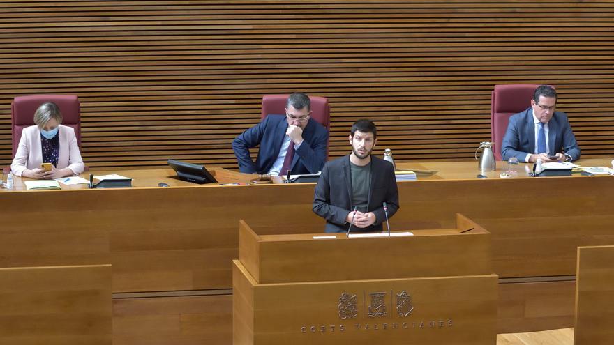 El diputado de Compromís Carles Esteve en las Corts Valencianes.