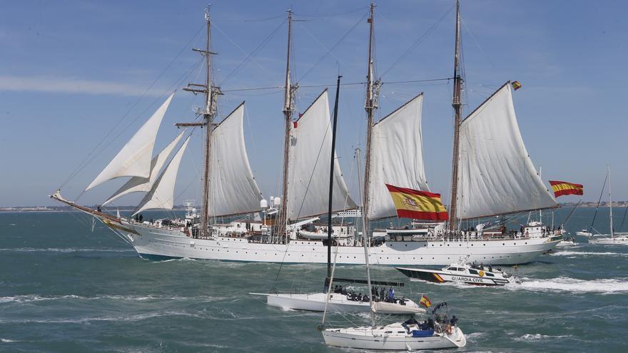El buque 'Juan Sebastián de Elcano' inicia su LXXXIX crucero de instrucción