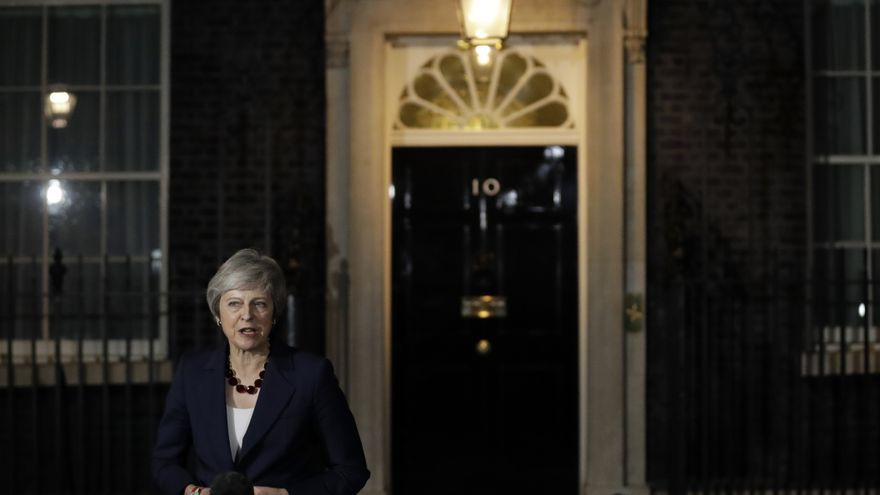 Britain's Prime Minister Theresa May, makes a statement outside 10 Downing Street, in London, Britain November 14, 2018.