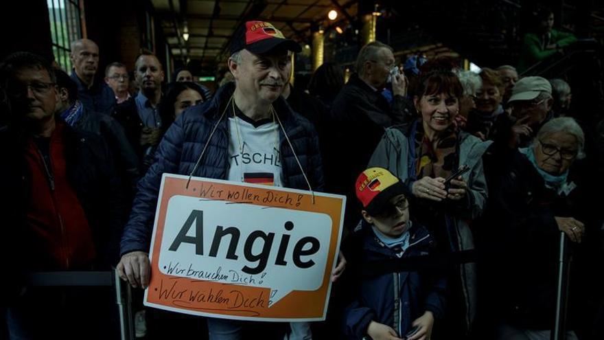 Alemania entra en su recta final electoral, bajo el dominio de Merkel