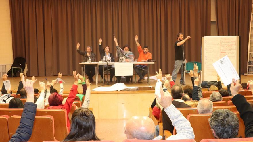 Imagen de una asamblea de la confluencia de Ganemos en Común.