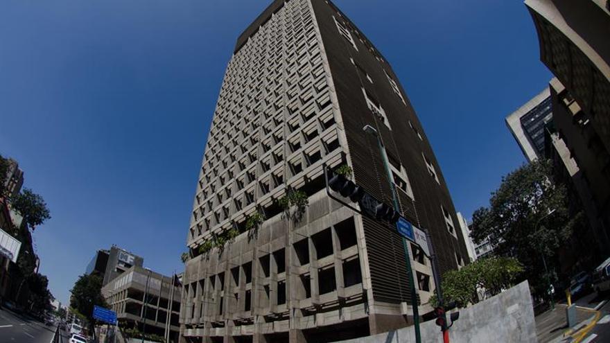 El Supremo da autonomía al Banco Central Venezuela del Parlamento para endeudamiento