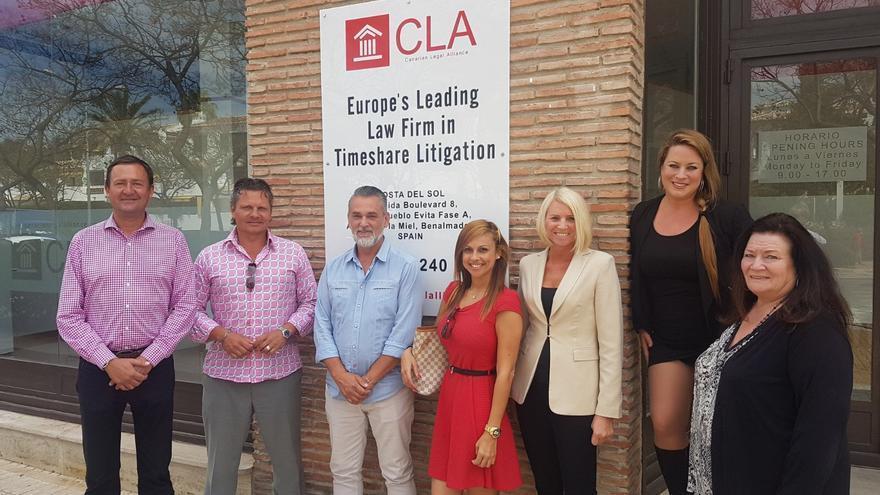 El equipo de CLA en sus nuevas oficinas de Benalmádena.