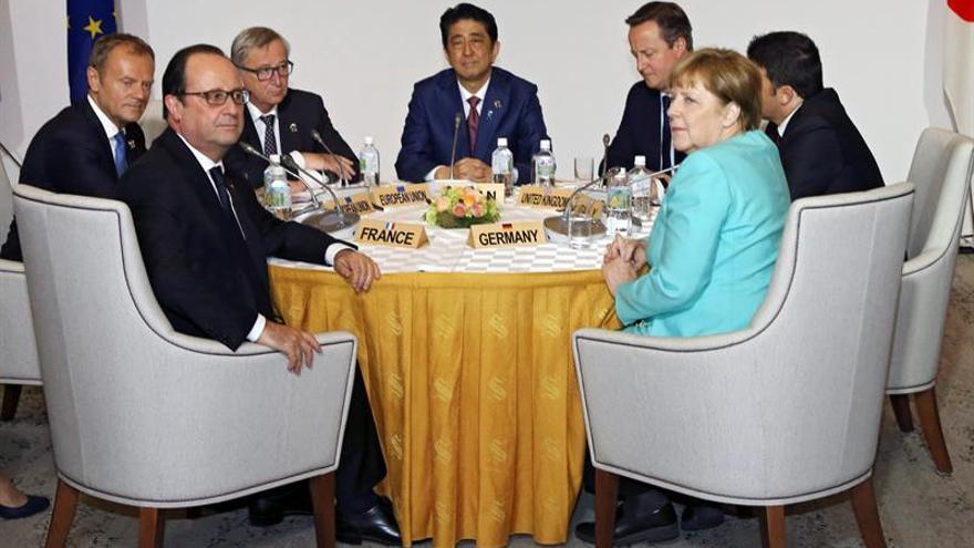 Shinzo Abe: el escenario económico es como el que había tras quebrar Lehman Brothers
