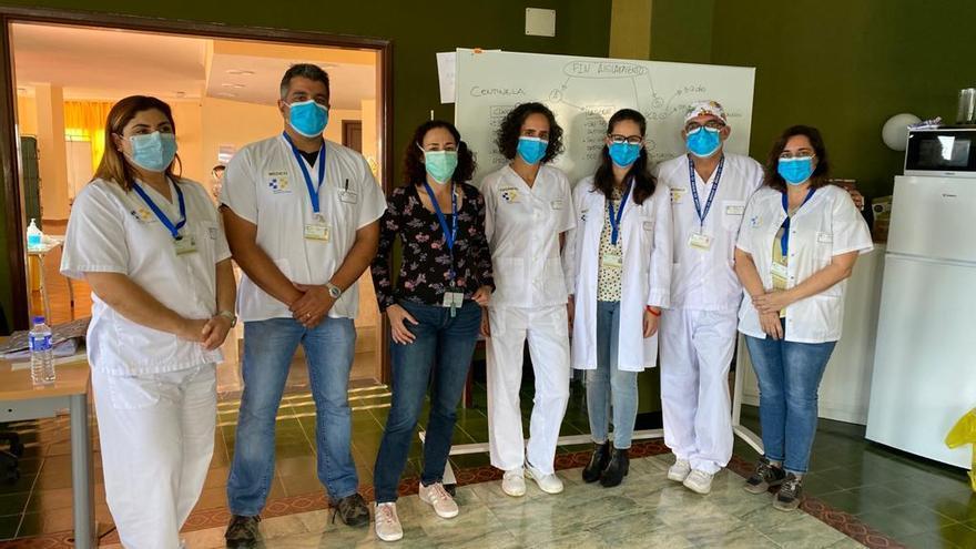 Equipo sanitario de la consulta Corohado de El Fuerte (Breña Baja)
