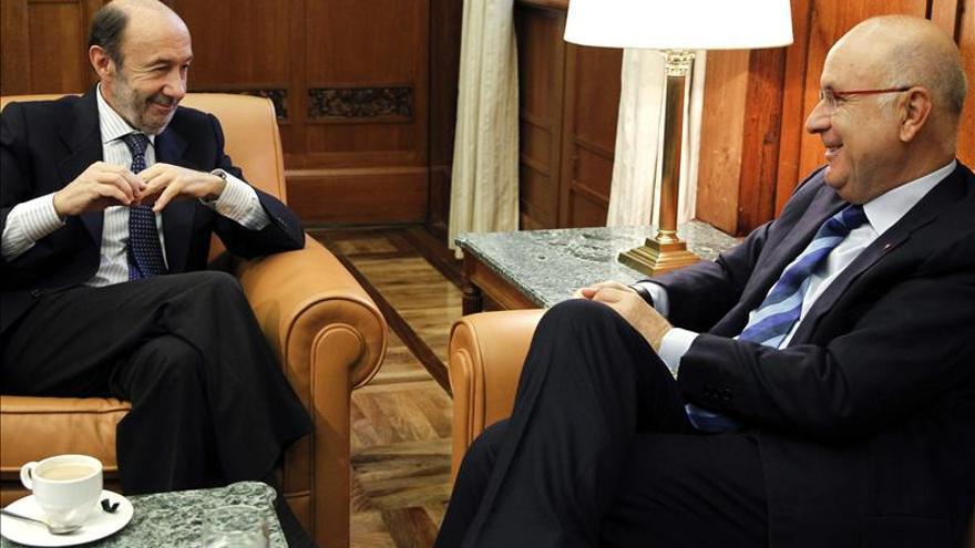 Duran Lleida dice que el PSOE ha salido reforzado como alternativa al PP tras su conferencia