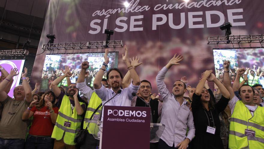 Pablo Iglesias, Juan Carlos Monedero, Luis Alegre y Tania González, en el cierre de la Asamblea de Podemos en Vistalegre. / Marta Jara