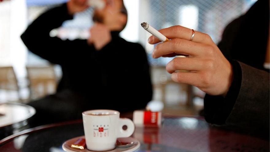 Fumar puede aumentar la sensibilidad ante el estrés, según un estudio