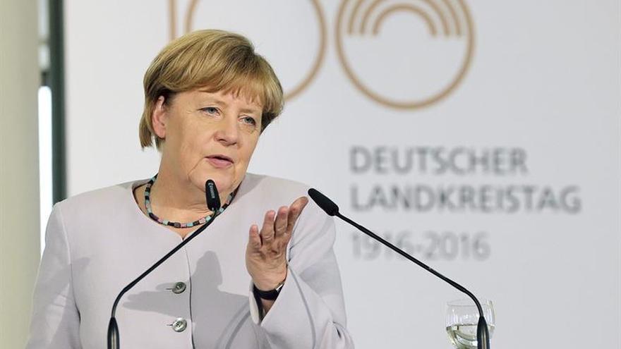 Merkel prosigue los contactos previos a la cumbre de Bratislava sobre el futuro de la UE