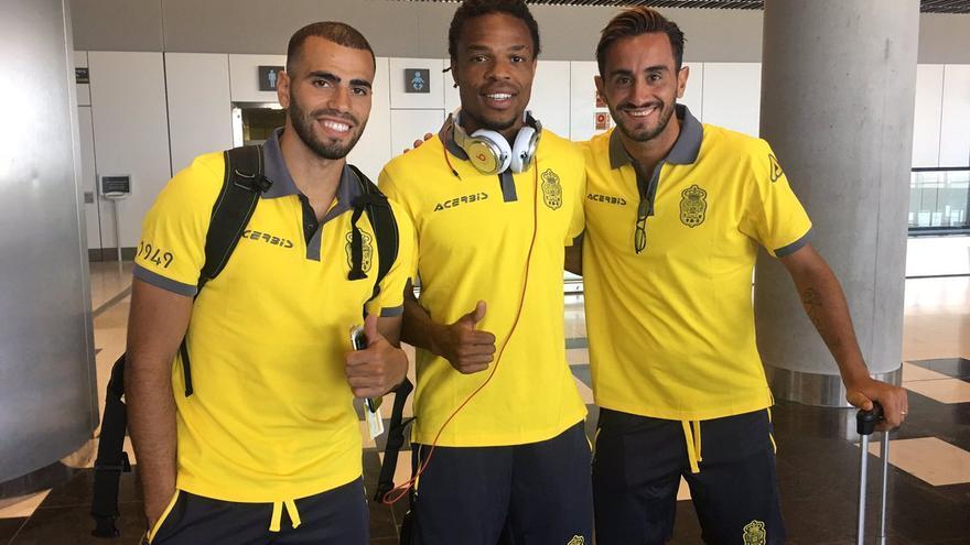 Oussama Tannane,  Löic Rémy y Alberto Aquilani.