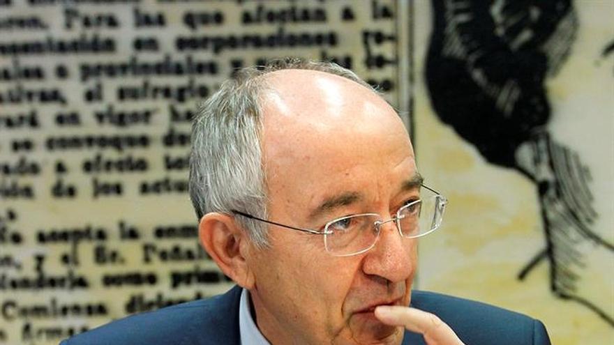 """Fernández Ordóñez: El BCE """"ha hecho todo lo que puede hacer"""" por la economía"""