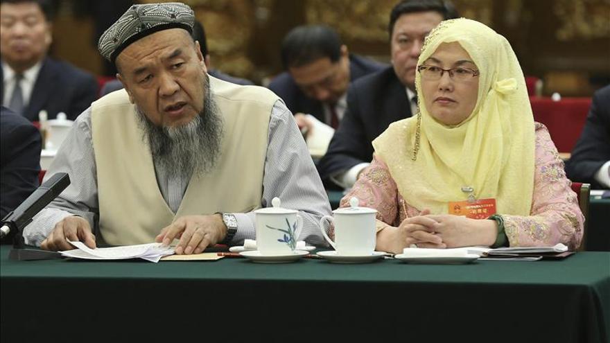 China prohíbe a parte de la población de Xinjiang que ayune en Ramadán