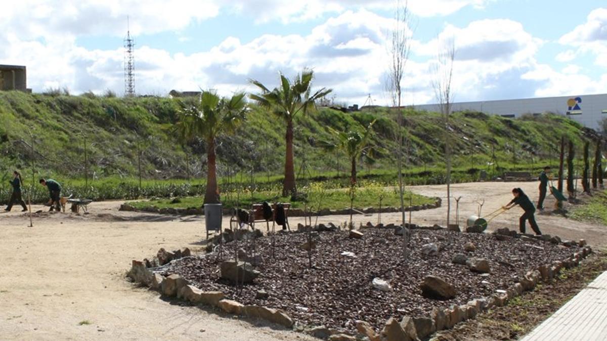 Empleados en los jardines de Mérida