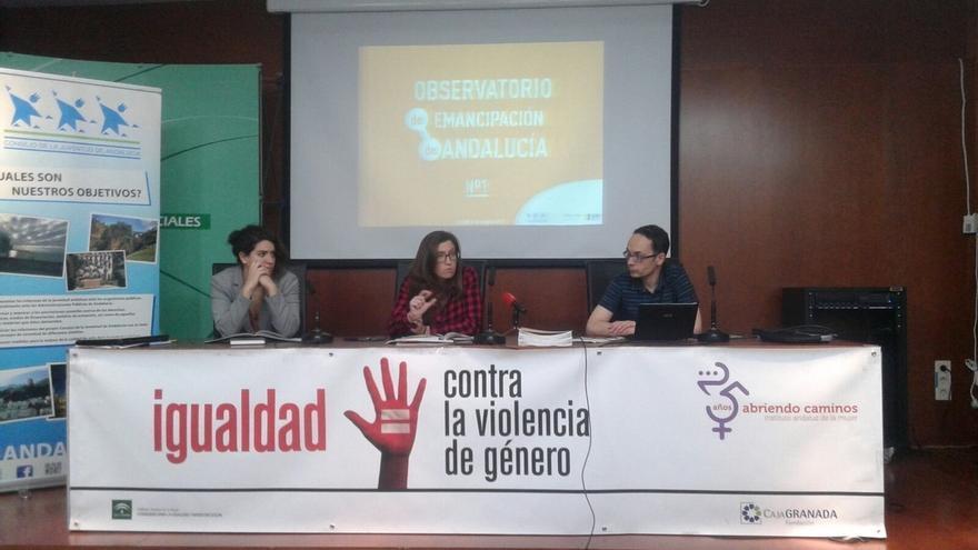 Sólo el 17% de los jóvenes andaluces logran emanciparse y su salario medio no supera los 900 euros mensuales