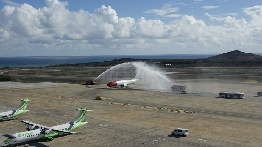Aterriza en Gran Canaria el primer avión de Norwegian procedente de Madrid