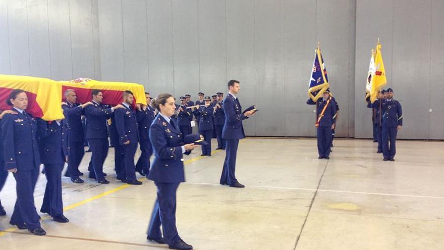 Imagen del funeral de este domingo en Gando. Europa Press
