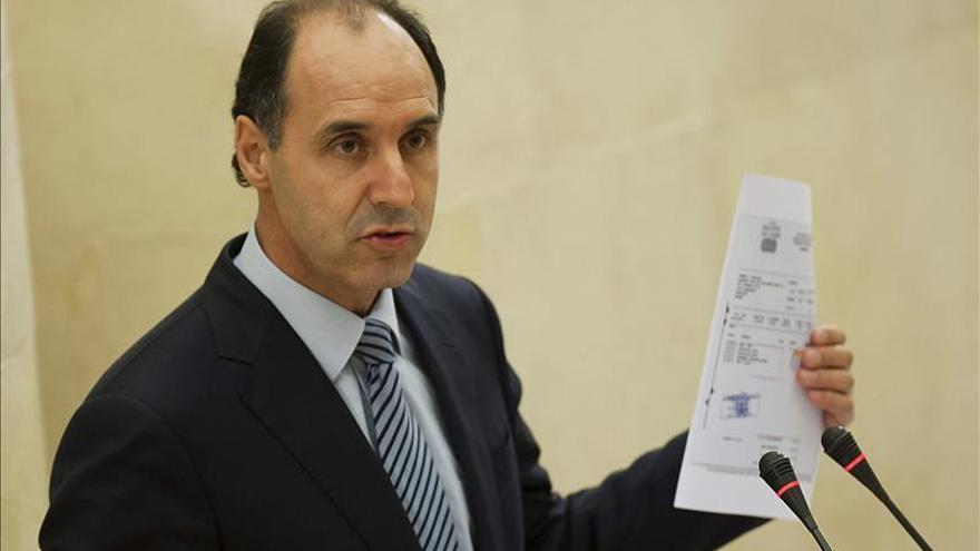 La Fiscalía pide al Supremo archivar la causa contra presidente de Cantabria