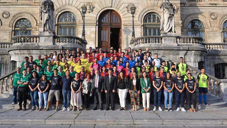 """Aburto recibe a los participantes en """"Mentatlón 2019"""", evento deportivo para personas con problemas de salud mental"""
