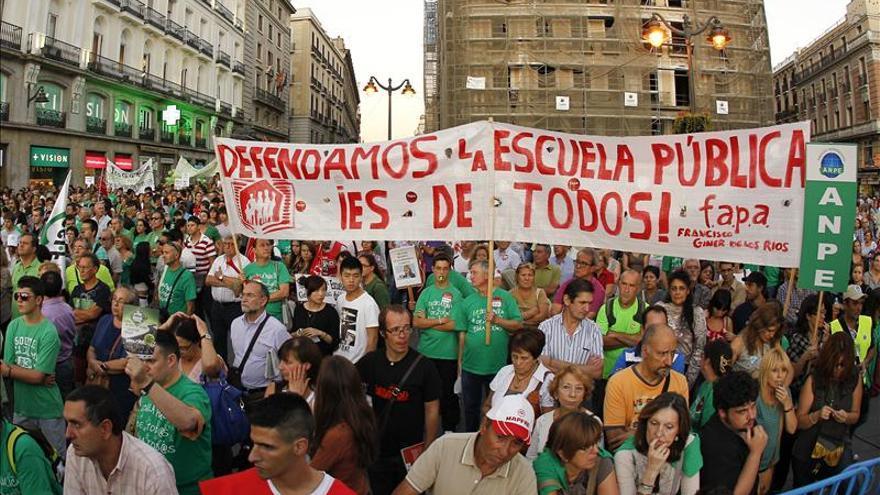 Protesta en la Puerta del Sol de Madrid contra los recortes en educación. \ EFE