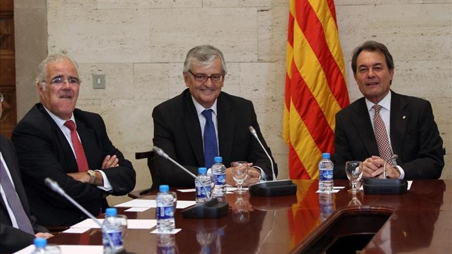 La Fiscalía se querellará contra Mas y tres consellers por el 9N