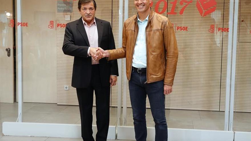 Sánchez pactará mañana con Fernández el voto del PSOE en la moción de censura