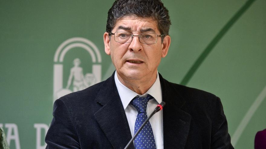 Valderas presenta hoy el recurso de inconstitucionalidad de la Junta andaluza contra la reforma local del Gobierno