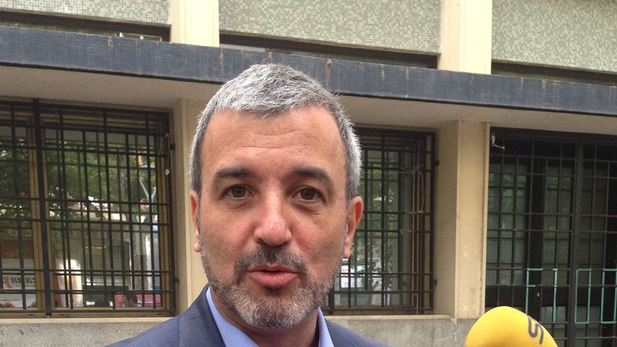 Collboni (PSC) dice que Rivera ataca a la Constitución al querer prohibir el acto de la ANC