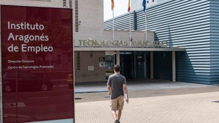 16.900 personas han salido del mercado de trabajo en Aragón.