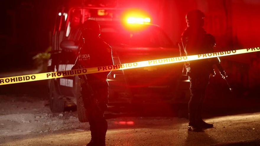 Mueren cinco personas, uno de ellos marino, en un choque armado en México
