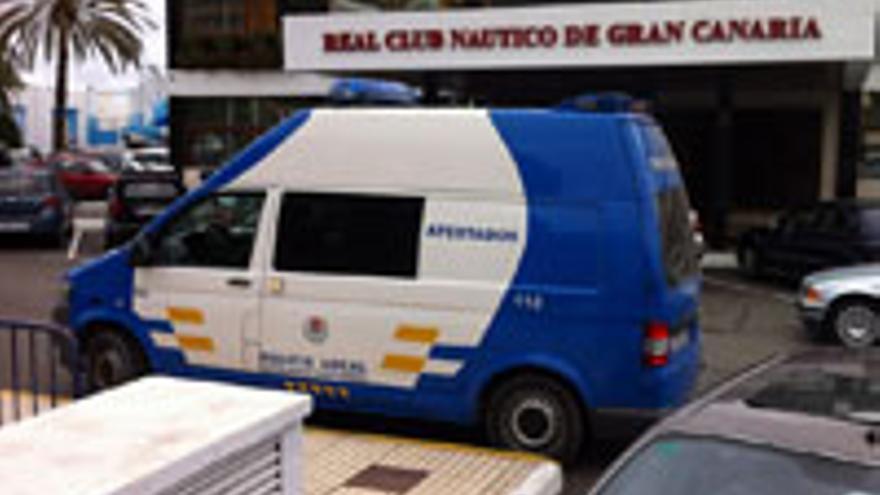 El operativo, este viernes, desplegado en el Club Náutico de Gran Canaria.