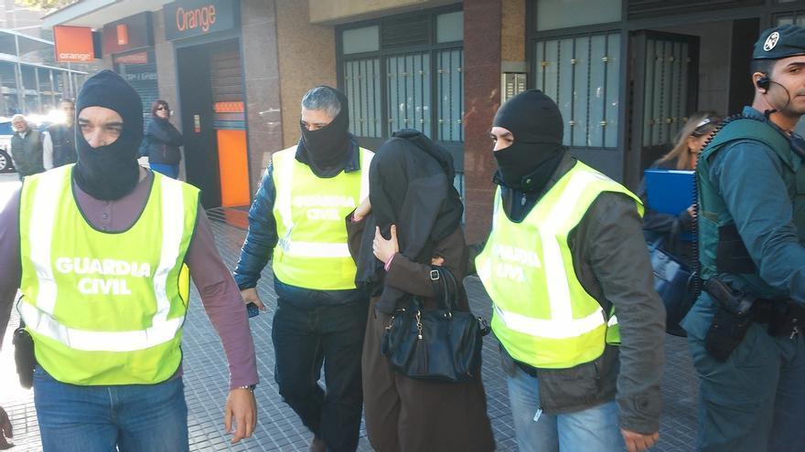 El 40,5% de los yihadistas detenidos en España desde 2013 nacieron en el país, según el Real Instituto Elcano