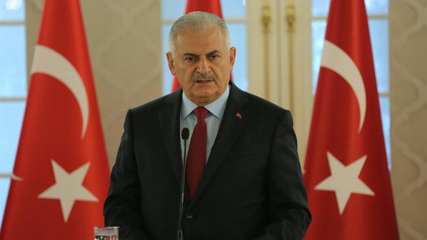 """Turquía cancela las licencias de emisoras """"vinculadas al golpe de Estado"""""""