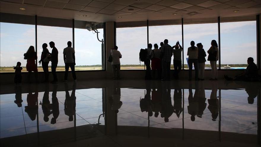 Persisten cancelaciones de vuelos entre R.Dominicana y EE.UU. por la tormenta