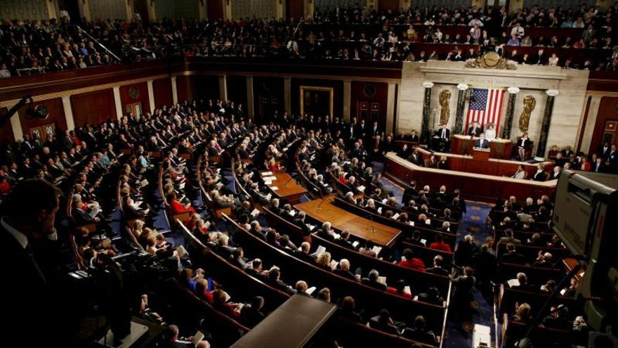 La Cámara baja de EE.UU. aprueba una ley contra los subsidios a los seguros que cubren el aborto
