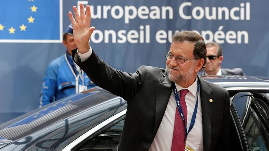 """Tusk dice a Rajoy que su victoria el 26J es la """"mejor noticia"""" de los últimos meses"""