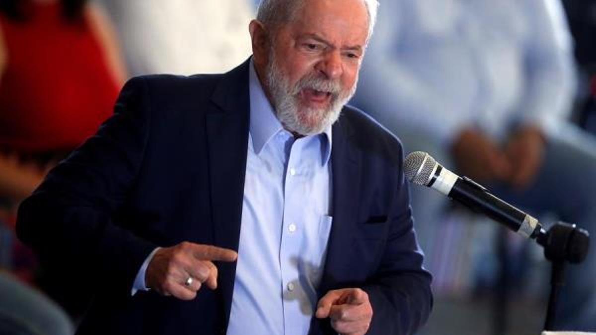 Lula, de 75 años, puede ser candidato en las elecciones presidenciales del año próximo, tras recuperar sus derechos políticos después de que las condenas por corrupción en su contra fueran anuladas por un vicio de forma.