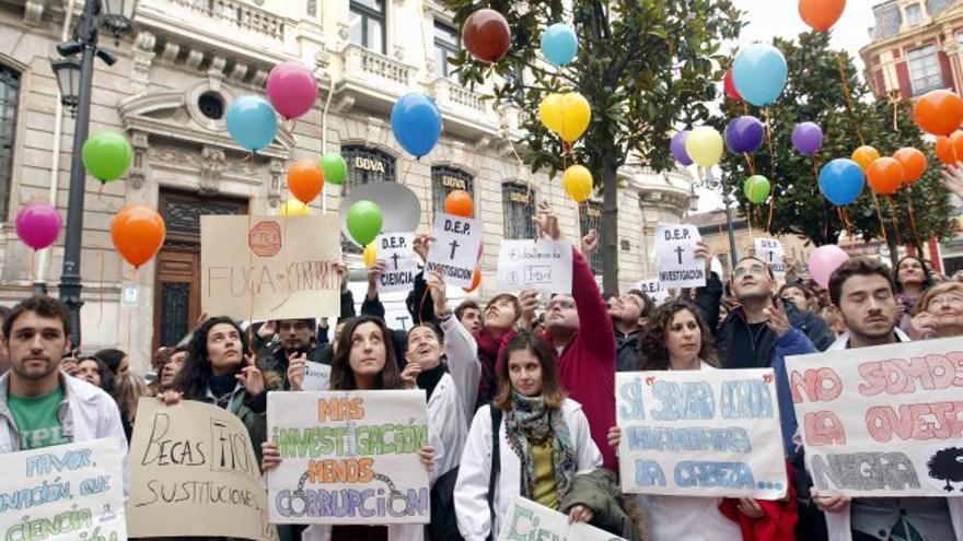 Protesta de un grupo de científicos por los recortes en I+D