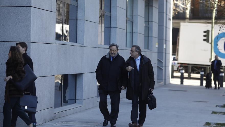 La excúpula de CatalunyaCaixa defiende que el Banco de España conocía las operaciones porque las consensuaron