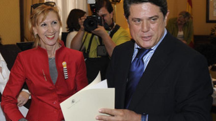 Rosa Díez y Federico Trillo