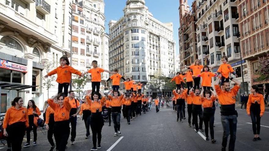 La Jove Muixeranga de València, durante la Procesión Cívica del 9 d'Octubre en Valencia